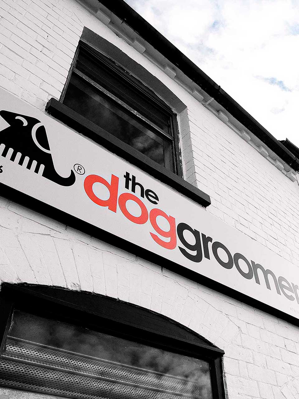 Exterior Signage at The Dog Groomer